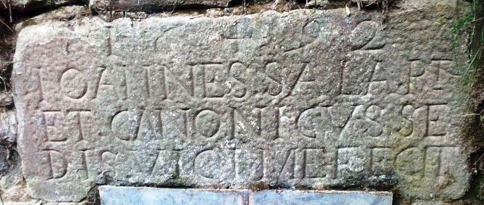 Inscripció a la font de la Sala, Rupit